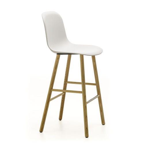 Scandinavian design bar stool / ash / velvet / cotton