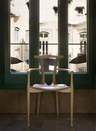 Contemporary chair / upholstered / stackable / in wood GAULINO  BD Barcelona Design