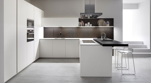 contemporary kitchen / glass / stainless steel / steel