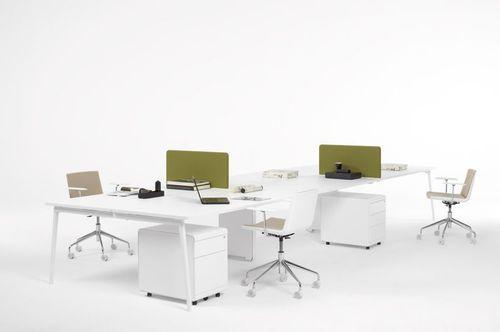 Workstation desk / laminate / contemporary / commercial FRESH by Antoni Arola & Jordi Tamayo OFITA