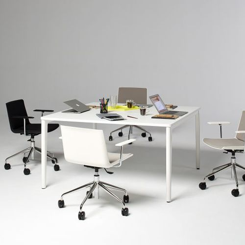 Contemporary boardroom table / laminate / rectangular / adjustable-height DISTRICT OFITA