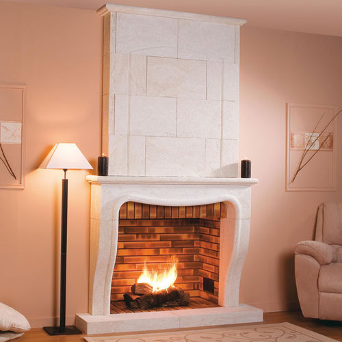 wood-burning fireplace / traditional / open hearth / built-in