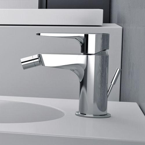 bidet mixer tap / chromed metal / chrome-plated brass / bathroom