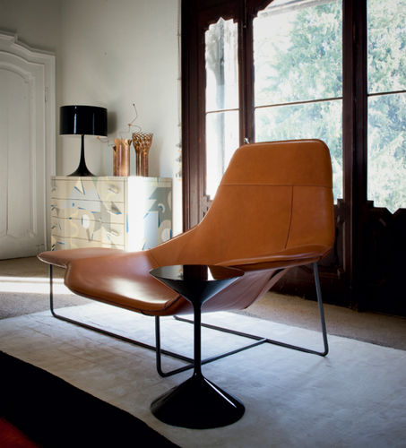 contemporary chaise longue / fabric / leather / steel
