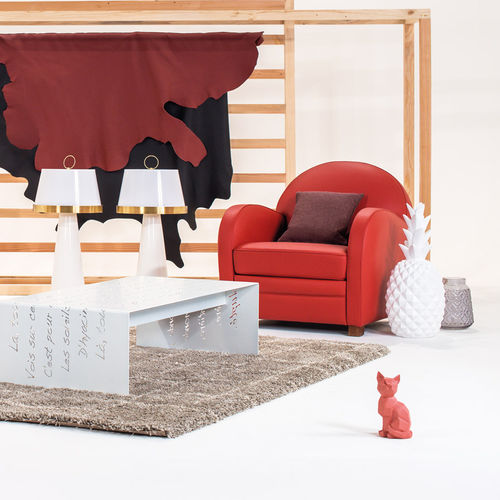 traditional armchair / fabric / leather / club