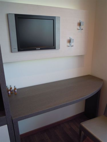 Hotel room TV holder RESIDENCE/HOTEL ROOM/TV PANEL/AP04 PS01 MOBILSPAZIO S.r.l