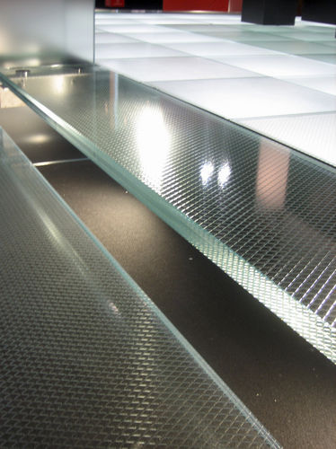 tempered glass panel / safety / patterned / for steps