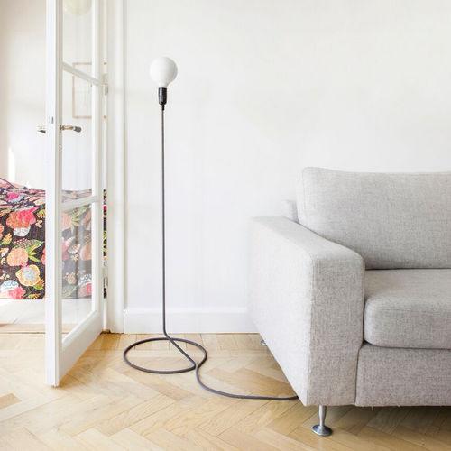 floor-standing lamp / minimalist / steel / incandescent