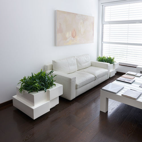 polyethylene planter / square / with built-in light / contemporary