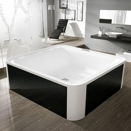 free-standing bathtub / square / acrylic / glass