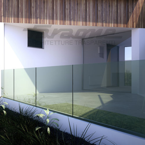 glass railing / glass panel / outdoor / for balconies