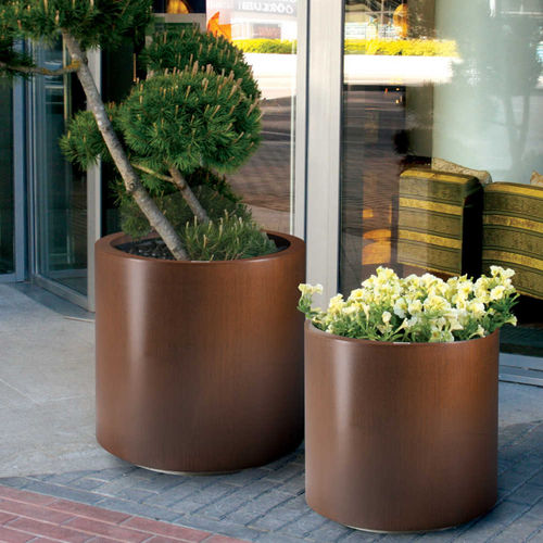 metal planter / round / contemporary / for public spaces