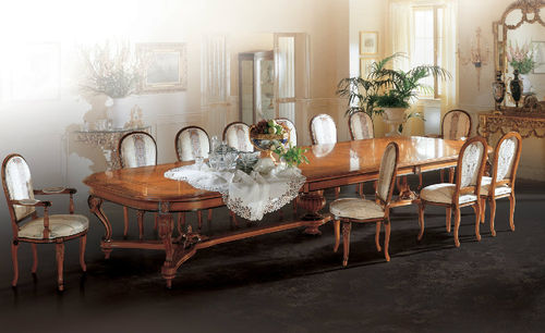 classic dining table / wooden / oval