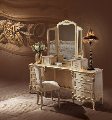 Louis XV style dressing table / wooden