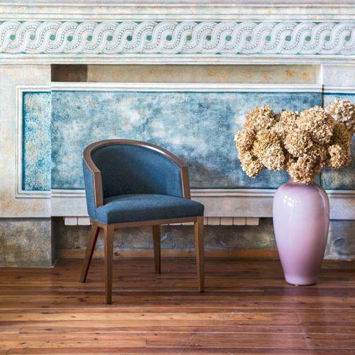 contemporary armchair / fabric / beech / standard base