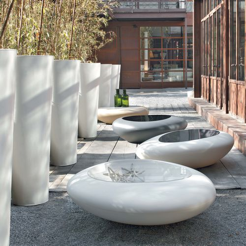 organic design coffee table / polyethylene / round / outdoor