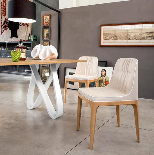 contemporary chair / with armrests / upholstered / oak