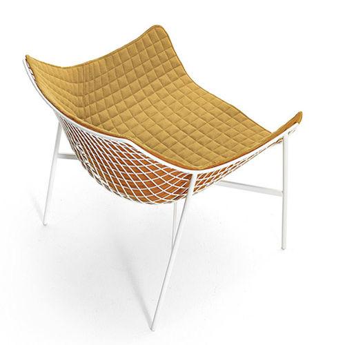 contemporary armchair / fabric / aluminium / black