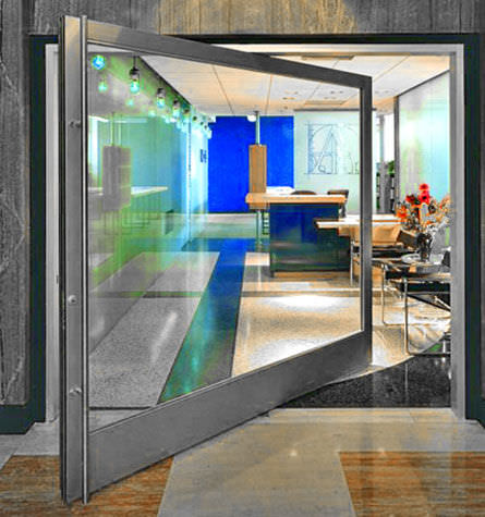 indoor door / pivoting with central axis / aluminum / for public buildings