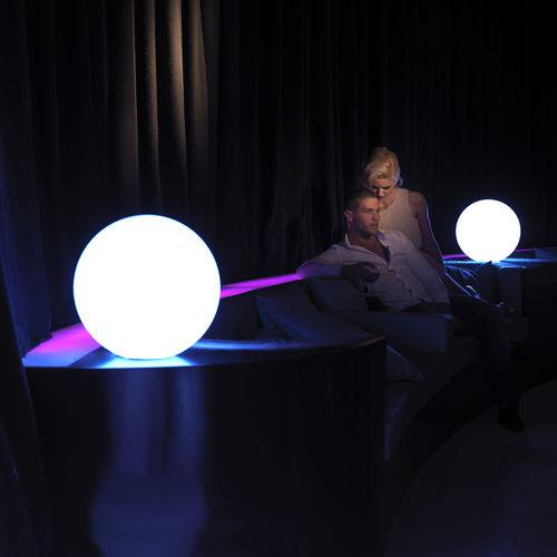 Floor lamp / contemporary / polyethylene / garden BUBBLES VONDOM