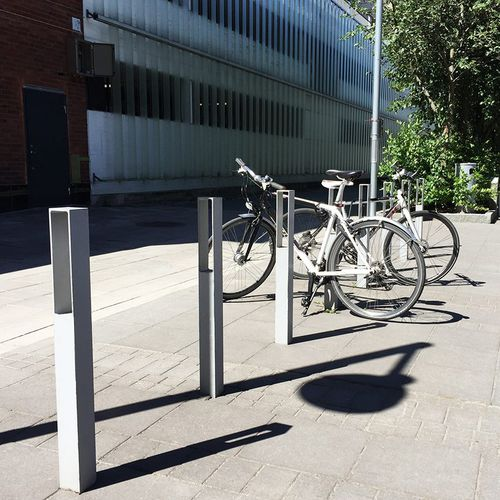 aluminum bike rack / with integrated LED lighting / for public spaces