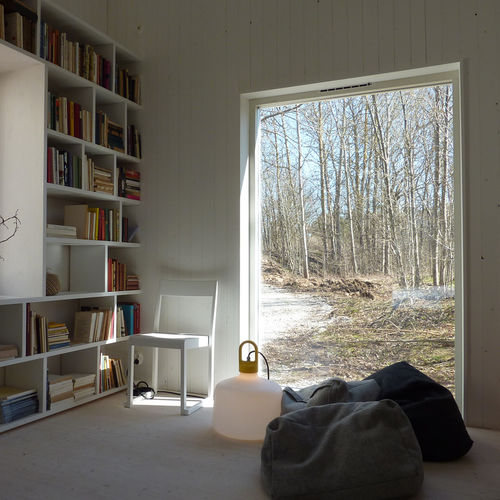 floor lamp / contemporary / aluminum / acrylic