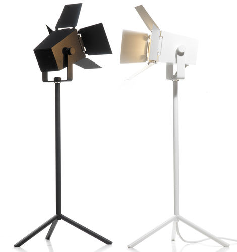 Table lamp / original design / steel / aluminum FOTO by Thomas Bernstrand & Mattias Ståhlbom ZERO