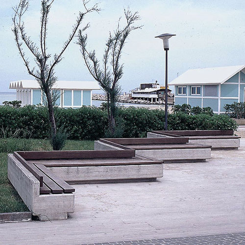 public bench / traditional / wooden / galvanized steel