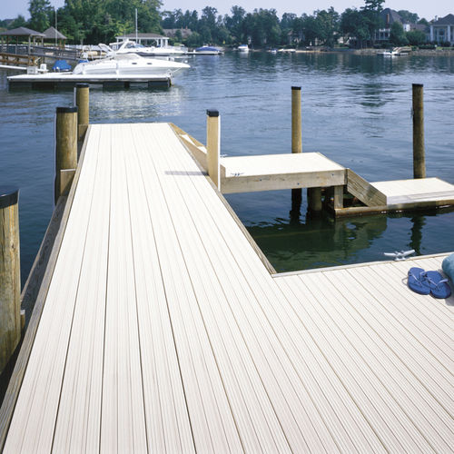 PVC deck boards EVERNEW Certain Teed