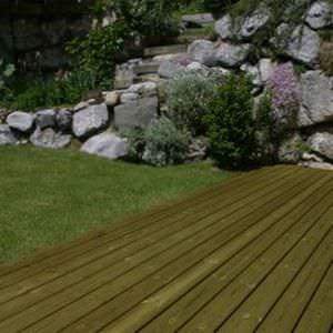 pine deck board / for domestic use