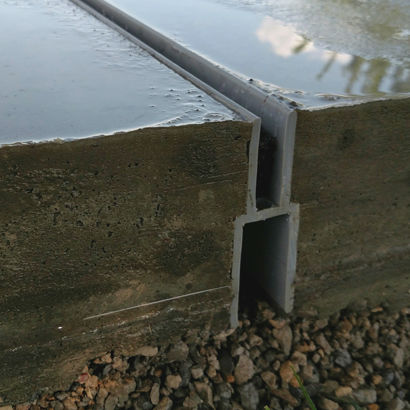 street drainage channel / for parking lots / patio / plastic