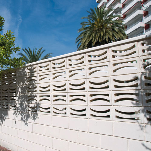 Precast concrete screen wall / garden LUNA Verniprens