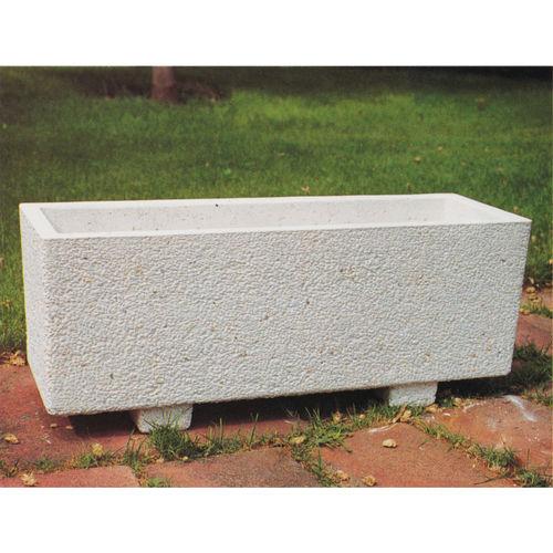 Concrete planter / rectangular / contemporary / for public spaces CORINTIO Verniprens