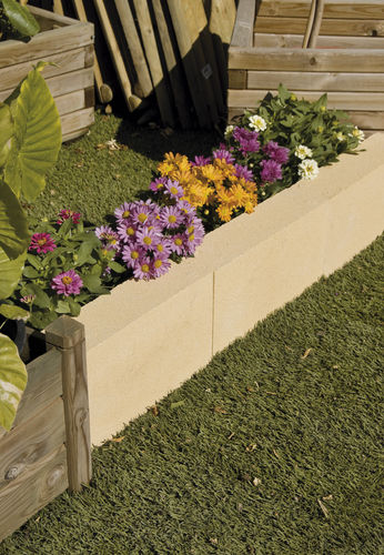 garden edge / concrete / linear