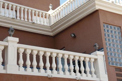 Engineered stone balustrade / bar / for balconies / for patios GINEBRA Verniprens