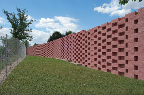 Solid concrete block / for retaining walls ULISES Verniprens