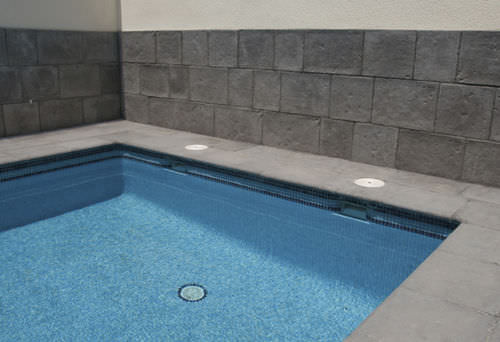 Concrete swimming pool coping PALACIO Verniprens