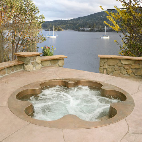 6 seater built-in copper hot-tub Diamond Spas