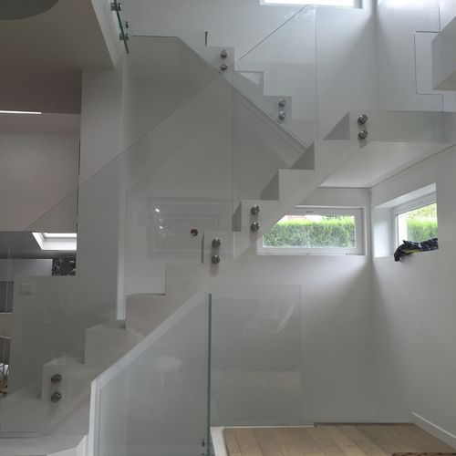 glass railing / glass panel / indoor / for stairs