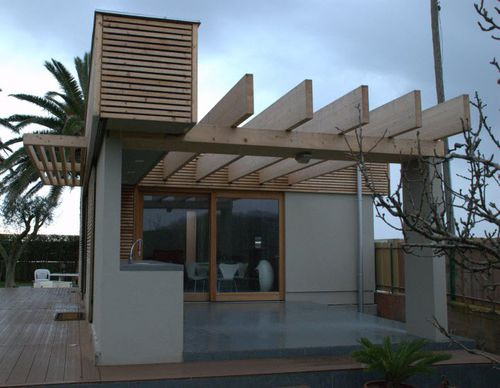 prefab house / individual / contemporary / solid wood