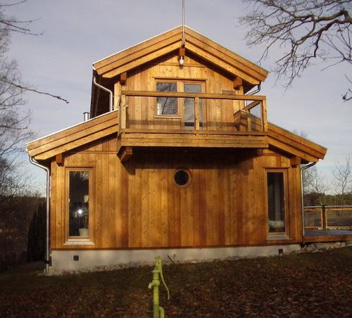 prefab house / traditional / solid wood / two-story