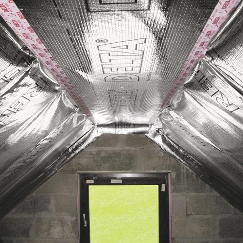 aluminum vapor barrier / polypropylene / polyethylene / adhesive