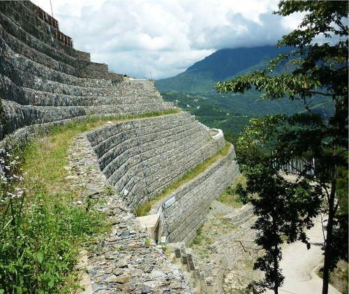 stone retaining wall - Maccaferri