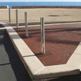 sidewalk edge / engineered stone / rectangular
