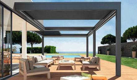 wall mounted pergola extruded aluminum with mobile slats with sliding canopy pergoklim soliso europe - Pergola Aluminio