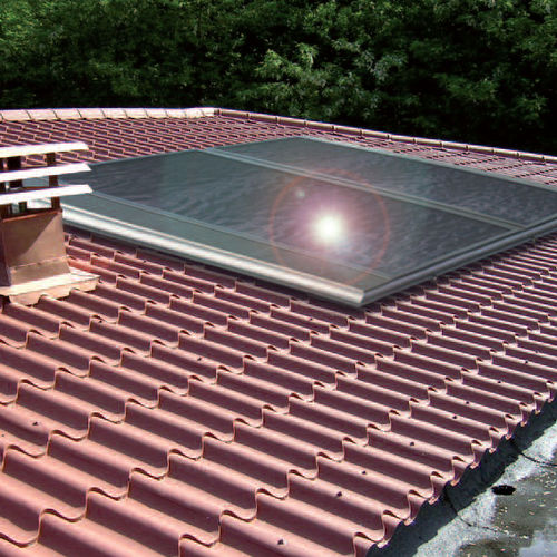 flat solar thermal collector / for water heating / insulated / for roofs