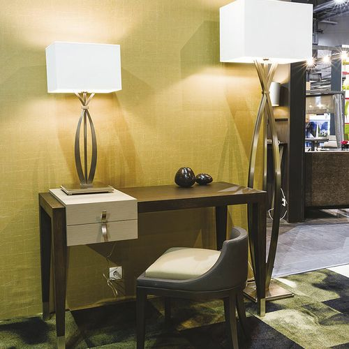 oak desk / contemporary / for hotels / with storage
