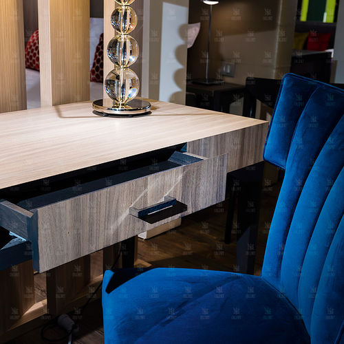 wood veneer desk / contemporary / for hotels / with storage
