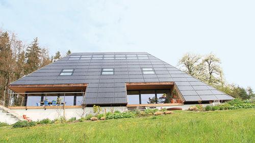 projection roof window / wooden / double-glazed / thermal break