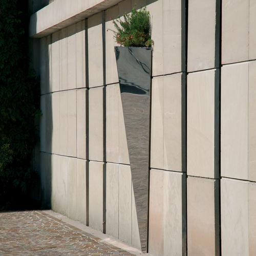stainless steel planter / COR-TEN® steel / vertical / triangular